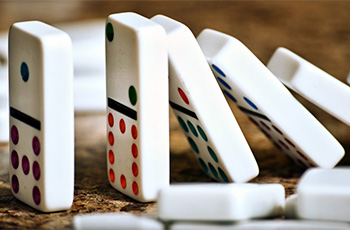 Domino Effect - team building